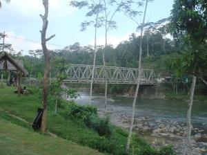Jembatan Singomadu