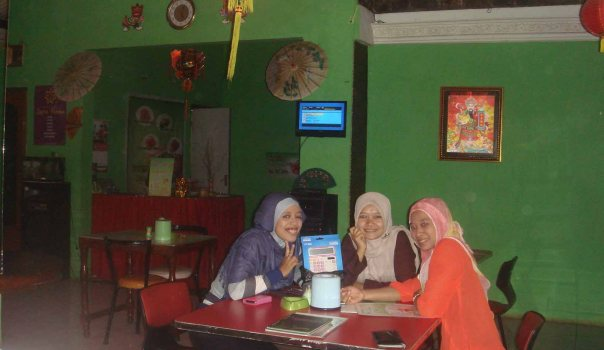 Suasana di dalam Cafe