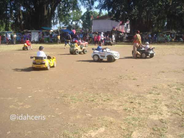 Permainan Mobil-Mobilan Alun-Alun Banjarnegara