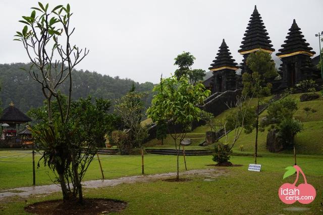 Pura Parahyangan Agung Jagatkartta  Bogor