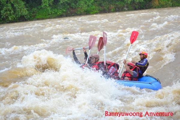 pengalaman-rafting-di-banjarnegara