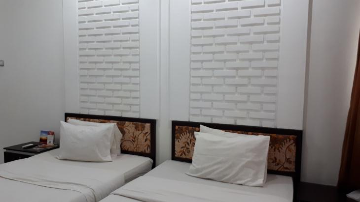 villa pelangi surya yudha hotel banjarnegara 2